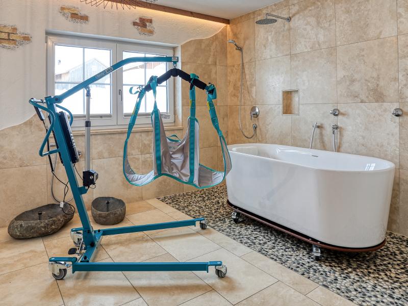 Pflegehotel - Wellnessbereich / Badewanne | Berggasthof Sonne in Sonthofen