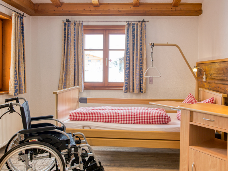 Pflegezimmer im Landhausstil | Berggasthof Sonne in Sonthofen